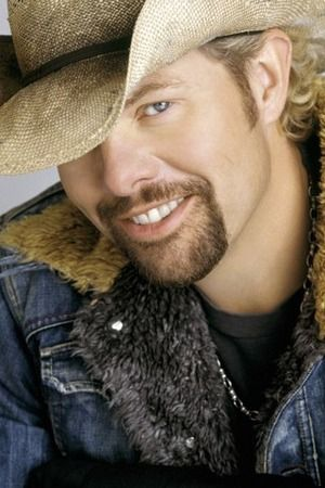 Toby Keith.  Lovelovelove him.