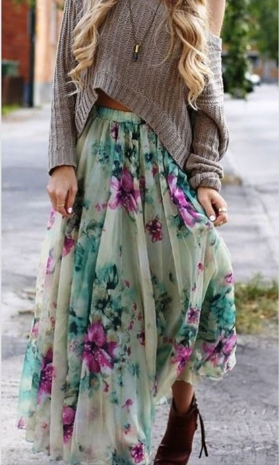 Oversize sweater and floral skirt