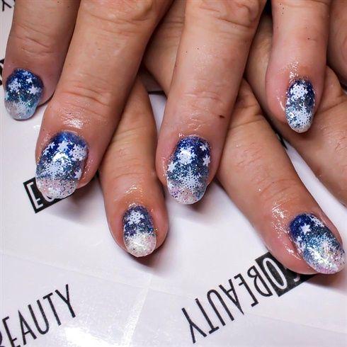 Frozen+nails!!++by+Giselle88+-+Nail+Art+Gallery+nailartgallery.nailsmag.com+by+Nails+Magazine+www.nailsmag.com+%23nailart