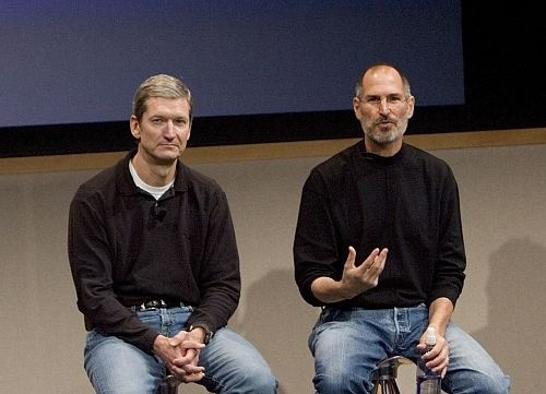 Steve Jobs and Tim Cook on a press conference regarding the so-called Antennagate