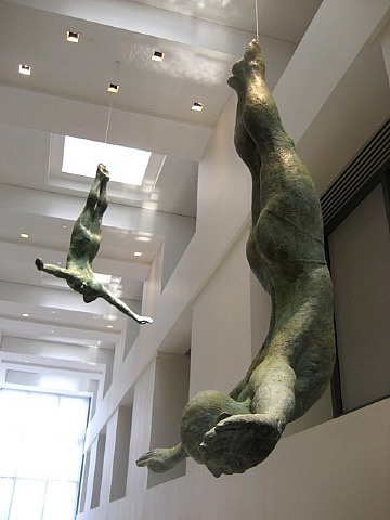 The Arts Company carries some very small sculptures by this artist | 'Sky Diver' (large) :: Bill Starke ※