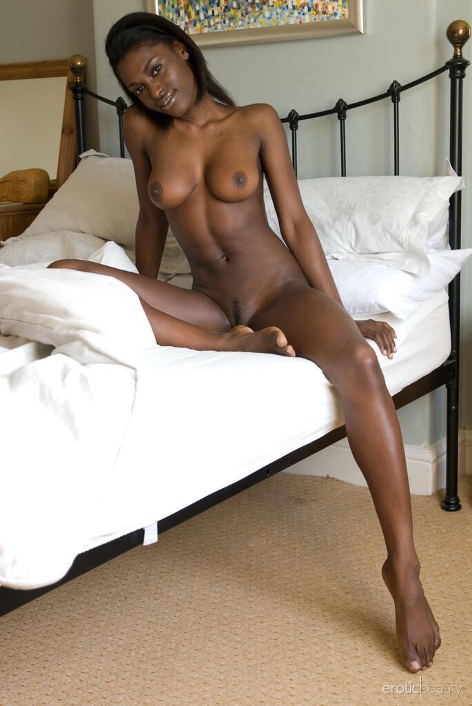 Dark skinned naked girl pics the