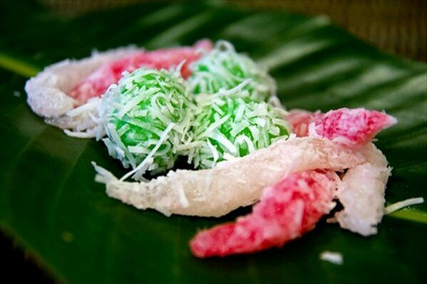 Ongol-ongol ~ Sweet flavor sprinkled with grated coconut♡♡
