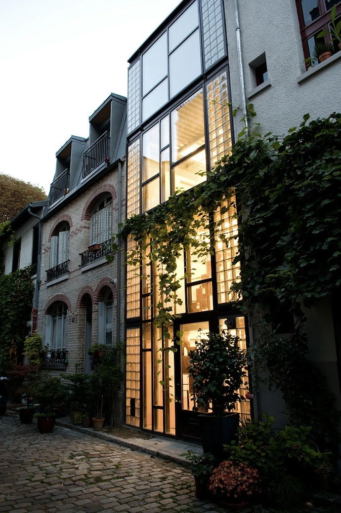 Vertical House, Paris by Aude Borromee and Weygand Architecte - Combining old traditional architecture with the modern