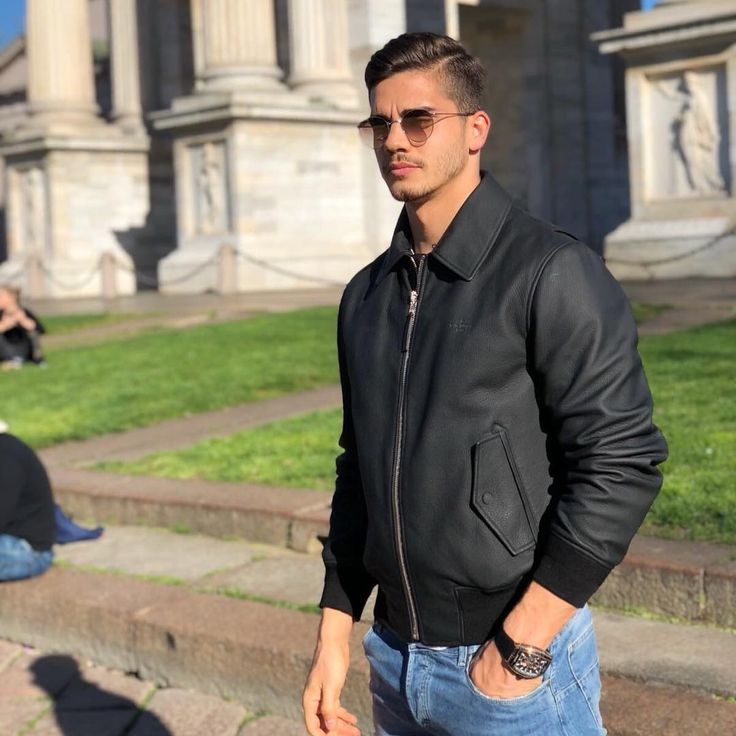 UR MODEL  André Silva enjoying the weather and his lifestyle. - #andresilva #football #soccer #sport #news #calcio #forzamilan #milan