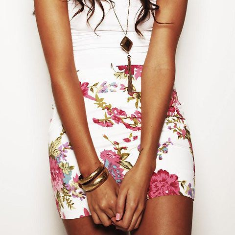 .: Fashion, Floral Prints, Minis Skirts, Floral Skirts, Style, Clothing, Pencil Skirts, Dreams Closets, Flower Skirts