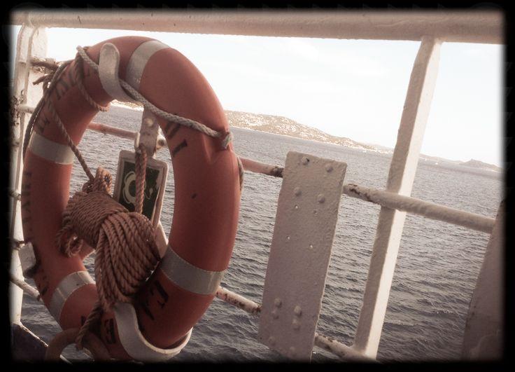 traghetto Saremar per La Maddalena