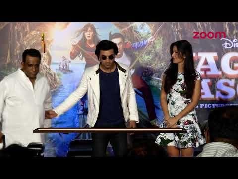 Rishi Kapoor Delays Ranbir Kapoor's Kishore Kumar Biopic | Bollywood News - https://www.pakistantalkshow.com/rishi-kapoor-delays-ranbir-kapoors-kishore-kumar-biopic-bollywood-news/ - http://img.youtube.com/vi/ZVuHfJz_bZo/0.jpg