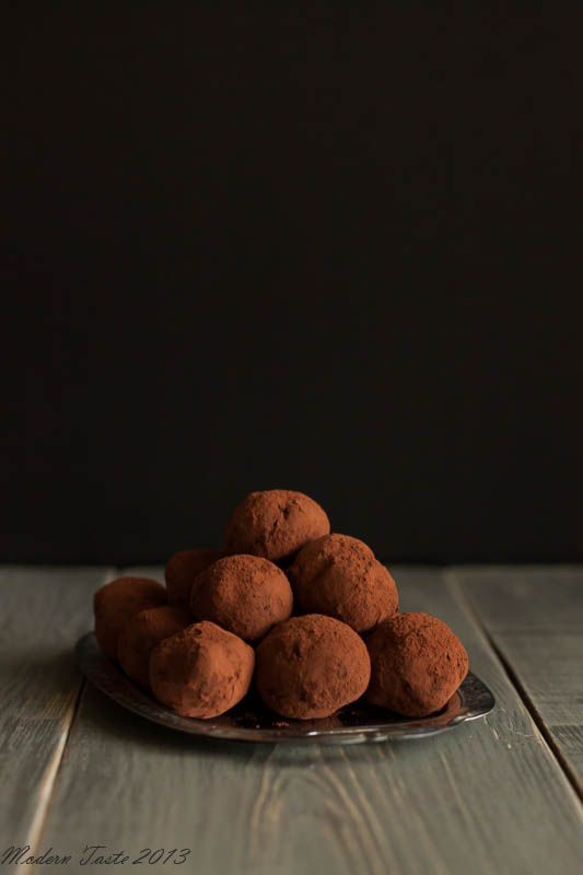 Basic recipe:  200g. good quality dark chocolate  10 tablespoons of cream  3 tablespoons dry red wine  large pinch of salt  bitter cocoa for roundness (about 3-4 tablespoons)    Wondering if Chocovine might make some tasty truffles.