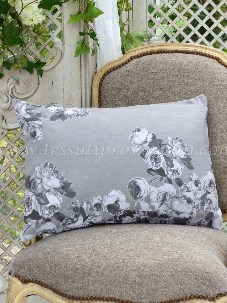 "Cuscino rettangolare shabby chic misto lino serie ""Roses anciennes"" Mathilde M."