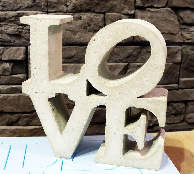 Beton Schriftzug  LOVE  20 x 20 cm
