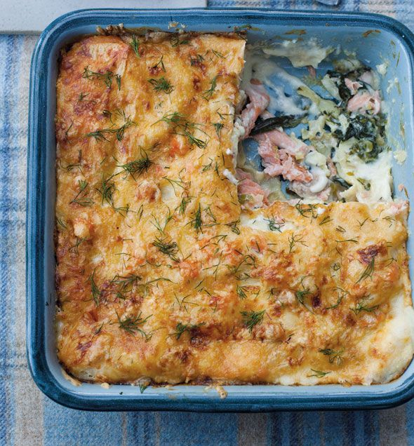 Smoked salmon and spinach lasagne