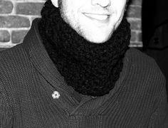 Braga o Cuello para Hombre con punto V rústico. Ahuyama Crochet.