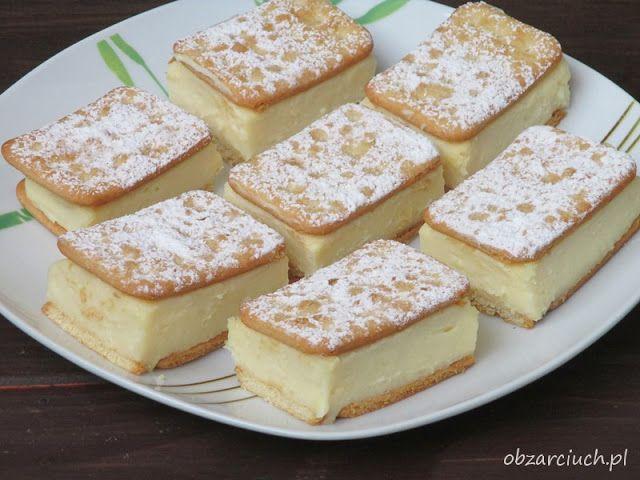 Znakomite ciasto bez pieczenia na krakersach z kremem budyniowym. Robi się je bardzo szybko, zawsze wychodzi i każdemu smakuje