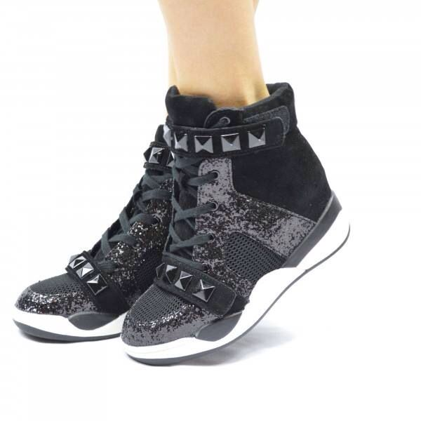 Wedge sneakers. Pair with a skirt and oversize tee or skinny leg jeans!  www.heelheaven.com.au