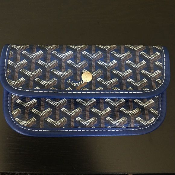 Goyard Wallet Cute small goyard wallet, cute for a night out can me used as a Wallet or put on a keychain. Very cute just of my style, I am always open to offers and trades:) please ask questions BEFORE purchasing #STUO20051 insp Goyard Bags Clutches & Wristlets