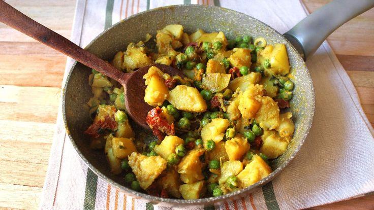 curry di patate piselli e pomodori secchi