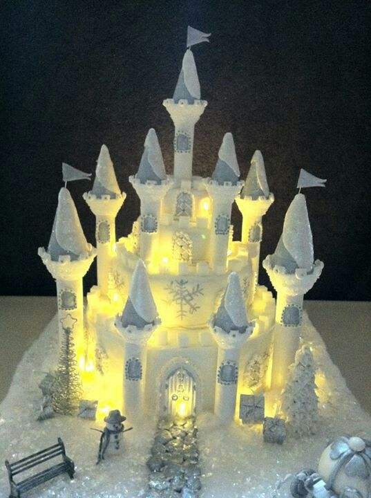38 best castle cakes images on pinterest | castle cakes, biscuits