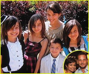 Grey's Anatomy star Justin Chambers showed off a cute photo of his five beautiful children — Isabella, 14, fraternal twins Maya and Kaila, 11, Eva, 10, and Jackson, 7 — during Tuesday's Good Morning America.