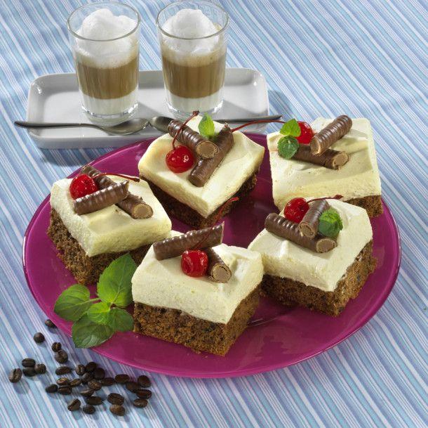 Unser beliebtes Rezept für Cafe-Latte-Blechkuchen und mehr als 55.000 weitere kostenlose Rezepte auf LECKER.de.