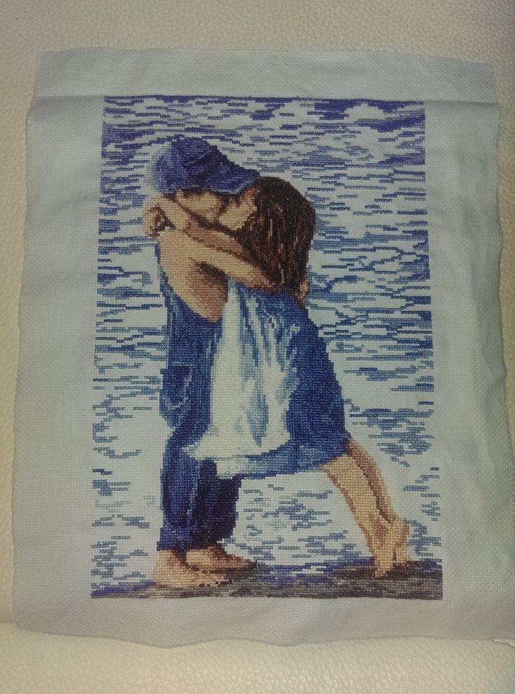 kiss in the seaside
