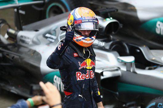 マックス・フェルスタッペン、アイルトン・セナとの比較にも冷静  [F1 / Formula 1]