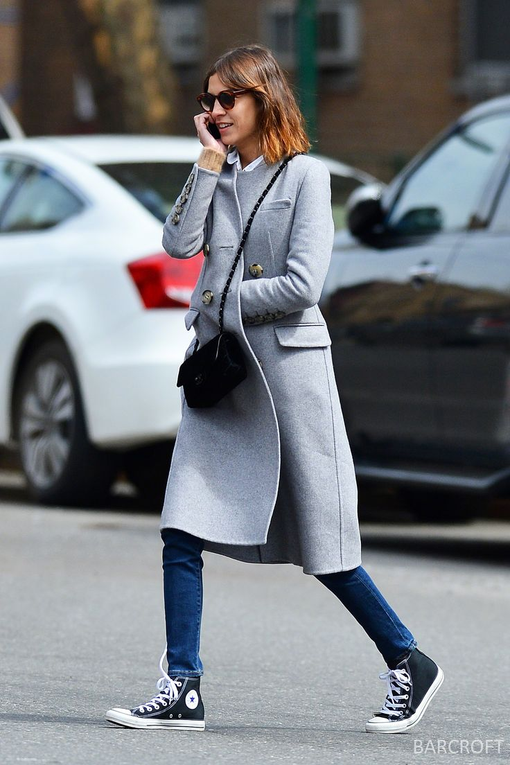 Alexa Chung making us wanna dig out our Converse and give longline wool one last spin. Winning.