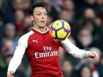 Arsenal legend fears Ozil's move to Manchester United