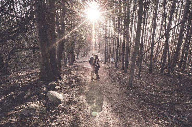When the sun peeks through the trees just right. . See more of Sarah  Wael's beautiful Huron Natural Area #Engagement in Kitchener on the blog! . http://bit.ly/2okRD2k . . . . . . . #HuronNaturalArea #HuronNaturalAreaKitchener #HuronNaturalAreaEngagement @cityofkitchener #KitchenerEngagement #KitchenerEngagementPhotographer #TorontoEngagementPhotographer #TorontoEngagementPhotography #EngagementPhotography #EngagementPhotographer #EngagementPhoto #EngagementGoals #EngagementInspiration…