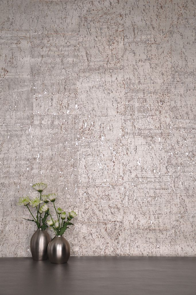 For the texture of cork combined with the glitz and glamour of metallic leaf, our Gilded Cork wallcovering shines!