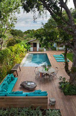 Área externa: Jardins rústicos por Vida de Vila