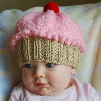 IT'S A CUPCAKE HAT!!