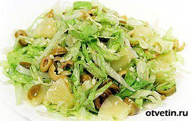Низкокалорийный салат с кальмарами