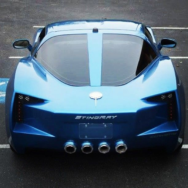 Cool Blue Chevy Stingray. America's favourite!