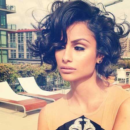 Short Hair Styles for Curly Hair   Model Nazanin Mandi