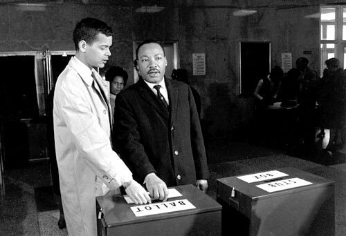 Julian Bond, former NAACP chairman and activist, dies at 75. Horace Julian Bond (January 14, 1940 – August 15, 2015), known as Julian Bond, was an American social activist and leader in the Civil Rights Movement, politician, professor, and writer. While a student at Morehouse College in Atlanta, Georgia, during the early 1960′s, he helped to establish the Student Non-violent Coordinating Committee.
