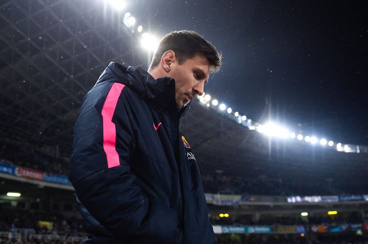 Lionel Messi of FC Barcelona looks on prior to the La Liga match between Real Sociedad de Futbol and FC Barcelona at Estadio Anoeta on January 4, 2015 in San Sebastian, Spain.