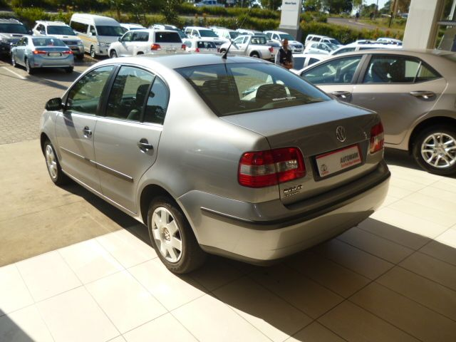 We have the Sleek and Improved 2009 #Volkswagen #Polo Classic 1.4 Trendline #Sedan. Silver, 1.4 Petrol Engine, Mileage of Only 79 000Kms. For the Affordable Deal of Just R89 990. Extras to Enjoy:  *Air Conditioner  *Alarm  *CD Front Loader/ Radio  *Airbag - On/Off Switch  *Full Service History  *MP3 Player  *Rear Window De-mister  To get yours Contact Keith Rabilal Now on 082 323 1303 / 031 737 1500 or Email keithr@smg.co.za
