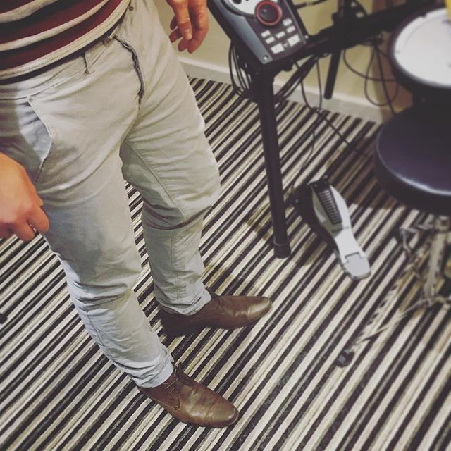 Stone Chinos, brown leather shoes is a winning smart casual combination! Get yours here soon #truewolf #startup #launch  #menswear // For the Modern day gentleman www.truewolfclothing.co.uk