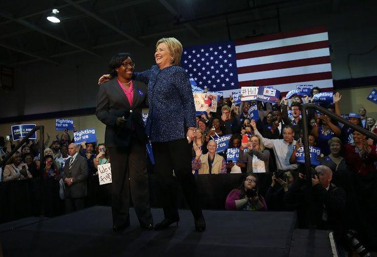 Hillary gana las primarias en Carolina del Sur