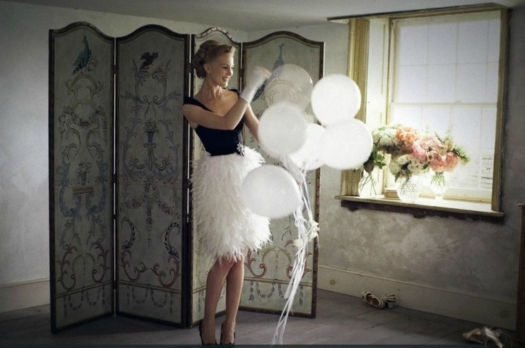 I adore this BHLDN outfit - black with white feathers!