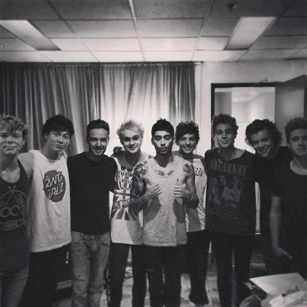I want all the directioners to know I'm here for all you guys! Like for 5sosfamily here for directioners