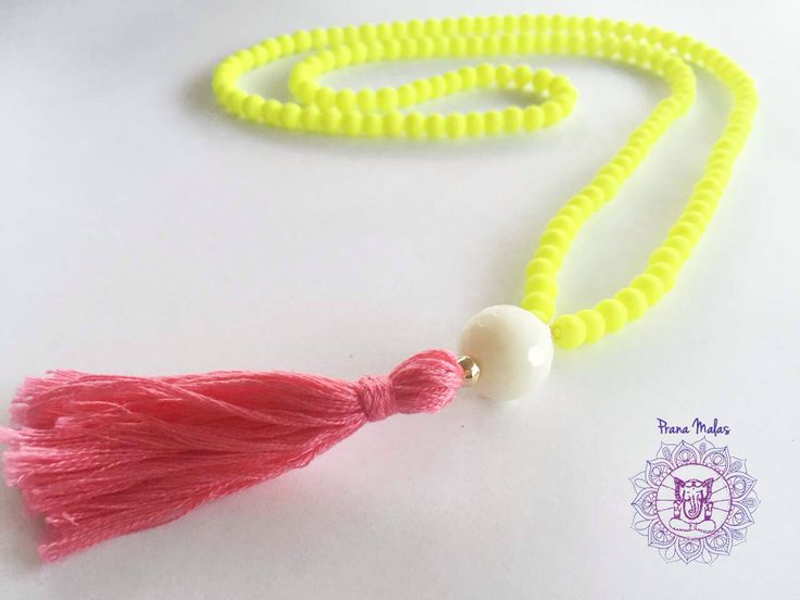 Collar amarillo/rosado $9000