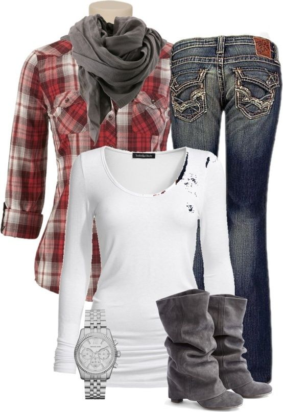 Dress up Fall plaid - I love this down to earth outfit with a classy touch perfect for a night at the fall corn maze, hanging out at outdoor party sitting around a bonfire, or a night of country dancing at the local saloon.