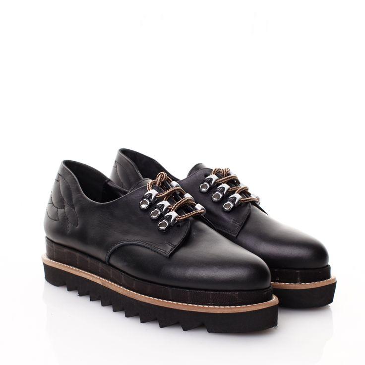 Mihaela Glavan - Pantofi piele neagra