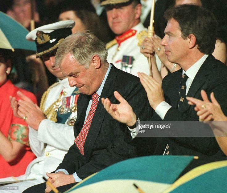 ニュース写真 : Chris Patten outgoing governor of Hong Kong,...
