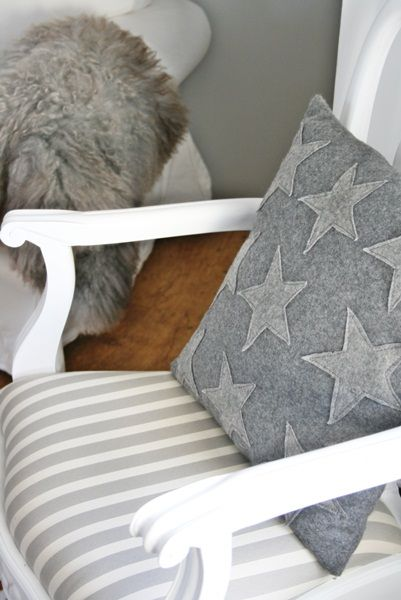I love this simple star pillow.  I think I could make something like this.