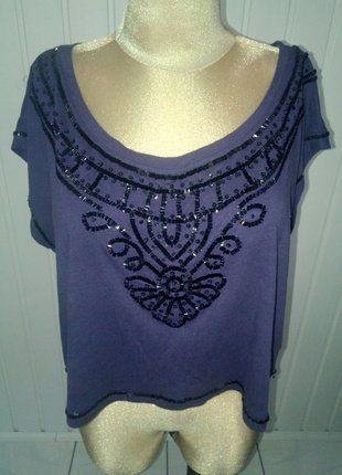 Kup mój przedmiot na #vintedpl http://www.vinted.pl/damska-odziez/topy-koszulki-i-t-shirty-inne/9870430-ciemno-fioletowa-krotkia-bluzka-z-cekinowym-dekoltem