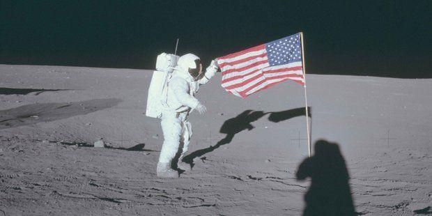 DERUWA: Neue Beweise: Mond-Landung nur Fake?