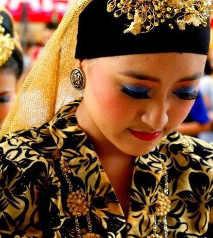 Zapin dance from melayu